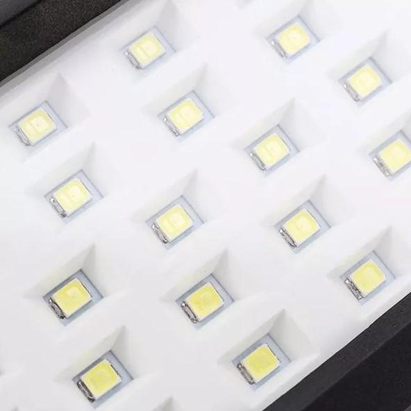 Aplique-10W-Solar-con-Sensor-de-presencia-PIR-9
